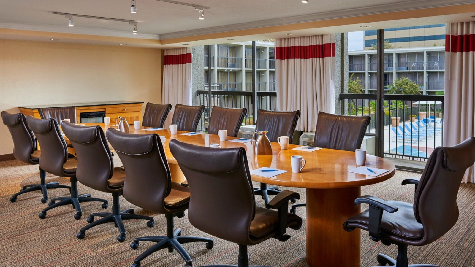 Little Rock Meeting Rooms - Boardroom
